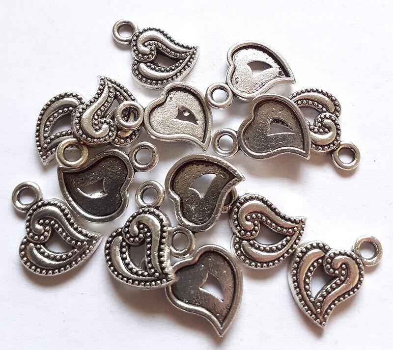 Lot de 14 breloques coeur arabesque argenté - Charms pour confection de bijoux