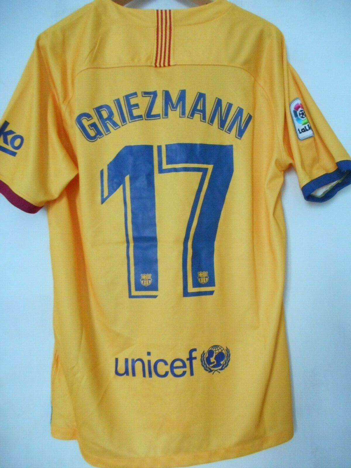 MAILLOT FOOT - F.C BARCELONE - NIKE - TAILLE M - GRIEZMANN - 2019