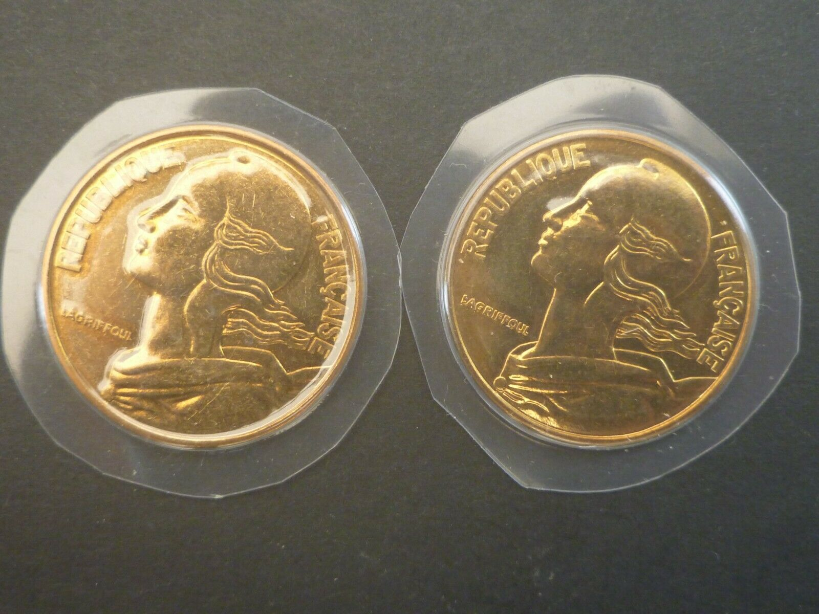 FRANCE:LOT 2X20 centimes -1981/1982 - bronze/alu FDC/UNC