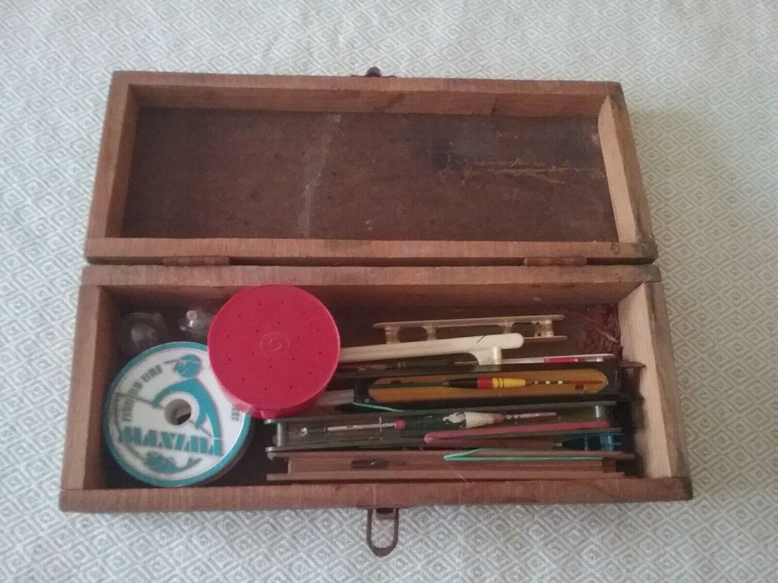 Boîte à pêche avec accessoires