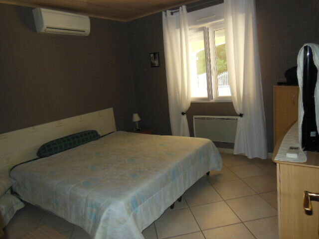 Villa traditionnelle de plain-pied de 135 m2 Sud Ardèche