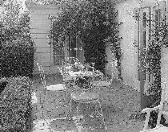Olivia de Havilland Home Exterior Beverly Hills Rare Candid 8x10 Photograph