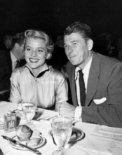 Ronald Reagan Dining Old Hollywood Rare Candid 8x10 Photograph